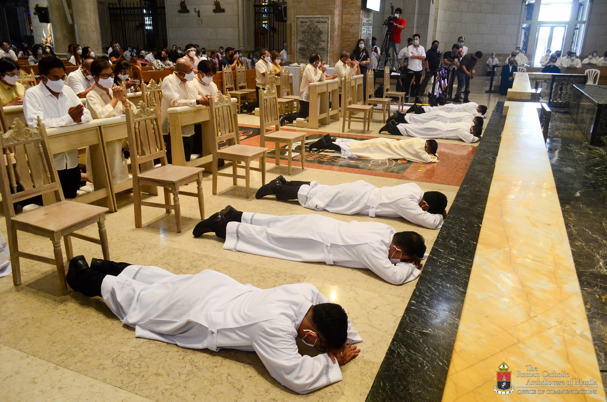 Priests and Deacons are church's frontliners and heroes –Bishop  Pabillo
