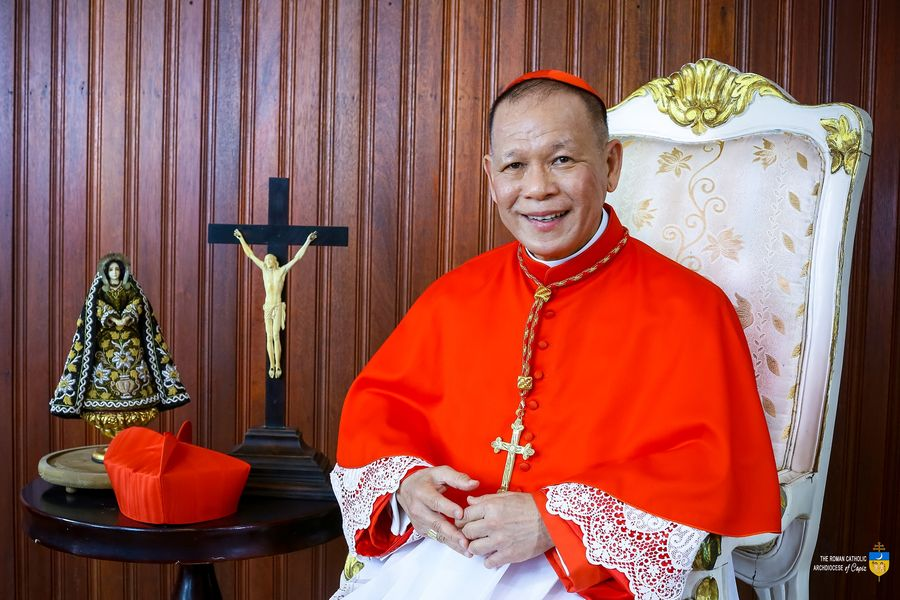 Cardinal Advincula tests positive for COVID-19